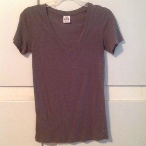 VS Pink V-neck T-shirt XS